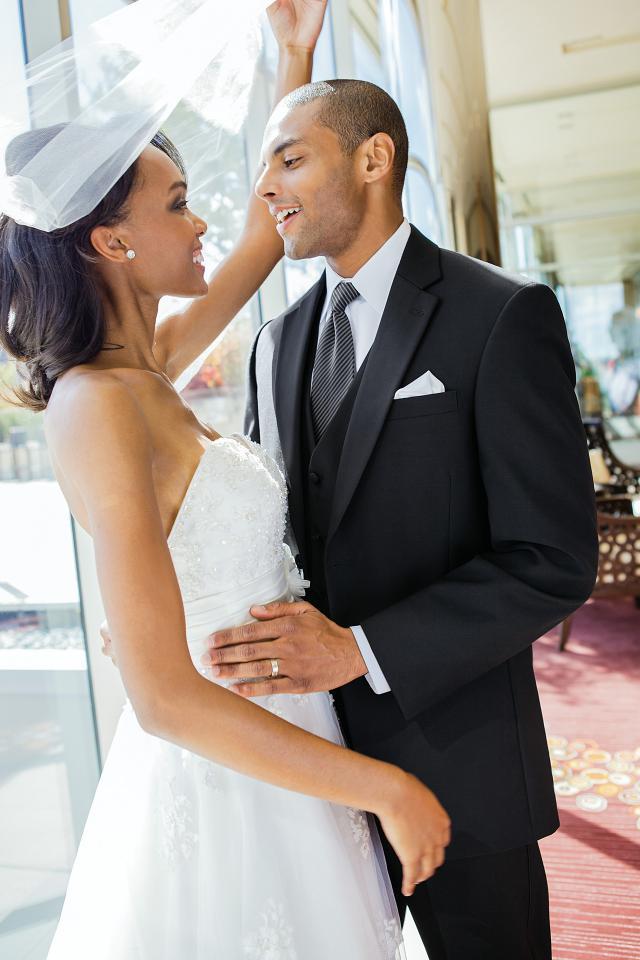 wedding-tuxedo-black-calvin-klein-radnor-912-1